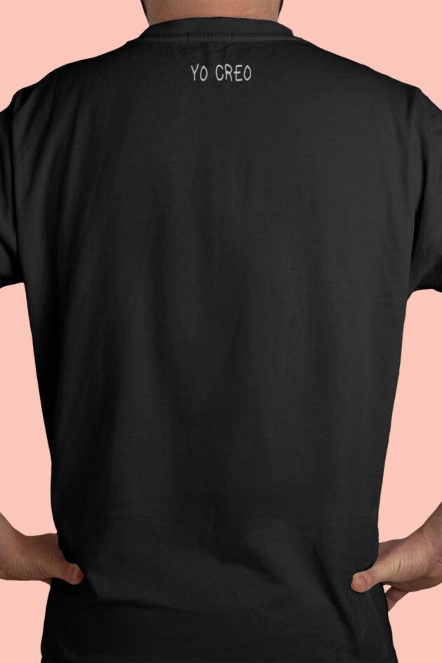 H. Camiseta negra estampado de flores