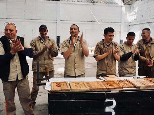 Talladores de madera certificados
